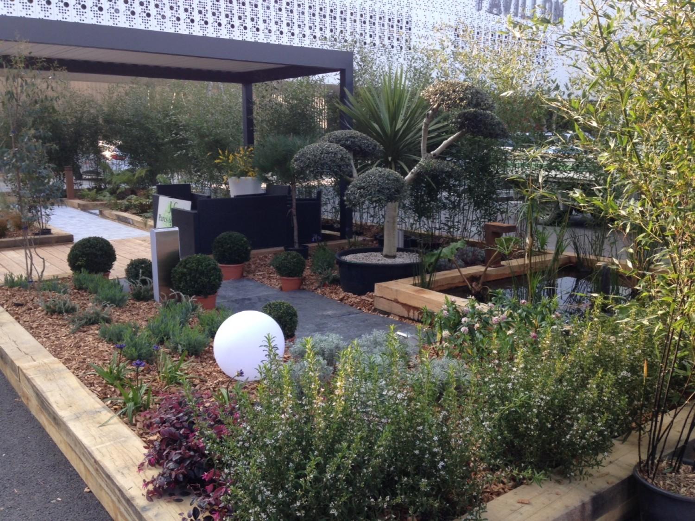 Galerie entretien des espaces verts for Entretien jardin 13